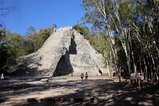Coba-piramide-grande