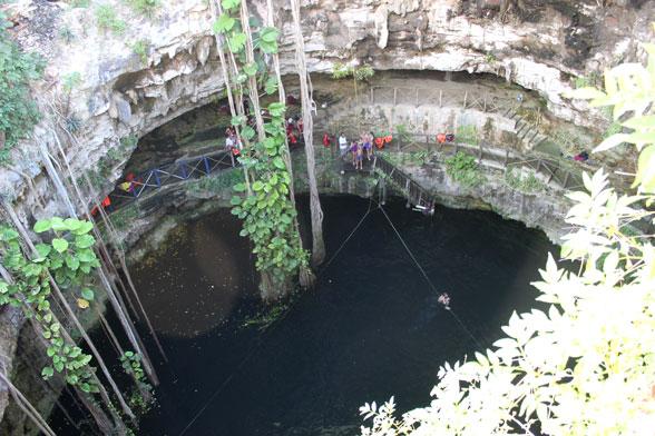 cenote-desde-arriba