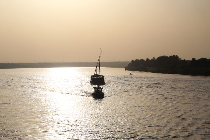 crucero-nilo-barcos