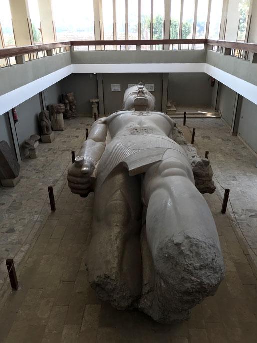 menfis-estatua