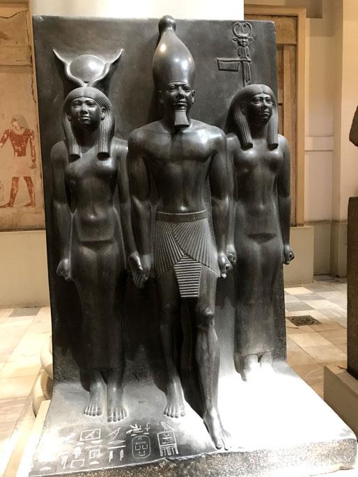 museo-cairo-triple-estatua-alabastro