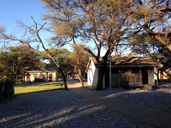 okaukuejo-bungalows