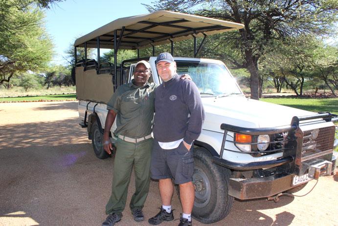 otjiwa-reserva-vehiculo-safari