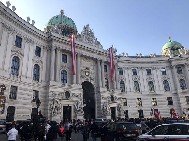 viaje-viena-palacio-hofburg