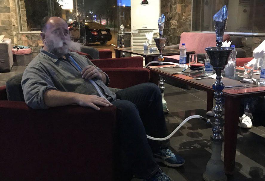 fumando-shisha-en-egipto