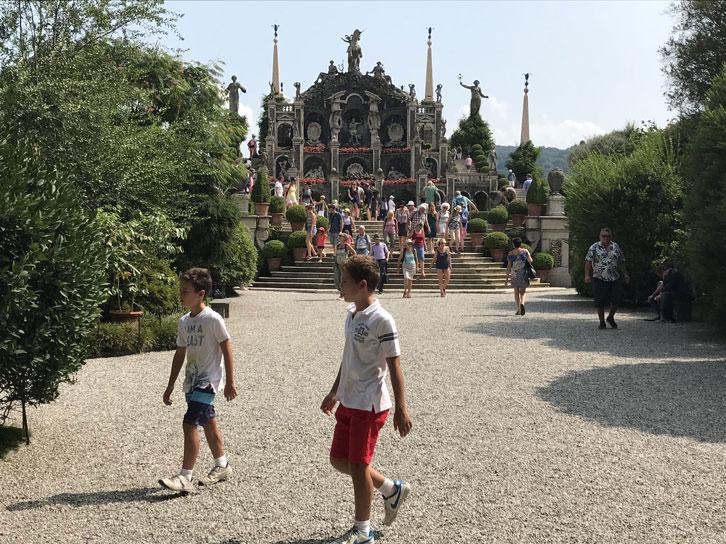 visita-palazzo-borromeo-con-niños