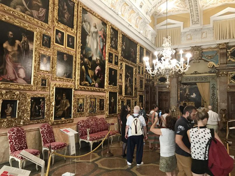 visita-palazzo-borromeo-italia