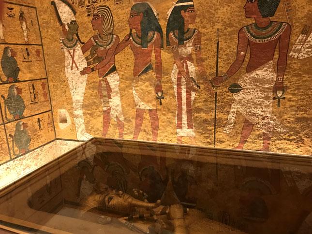 visitar-tumba-tutankamon-sarcofago