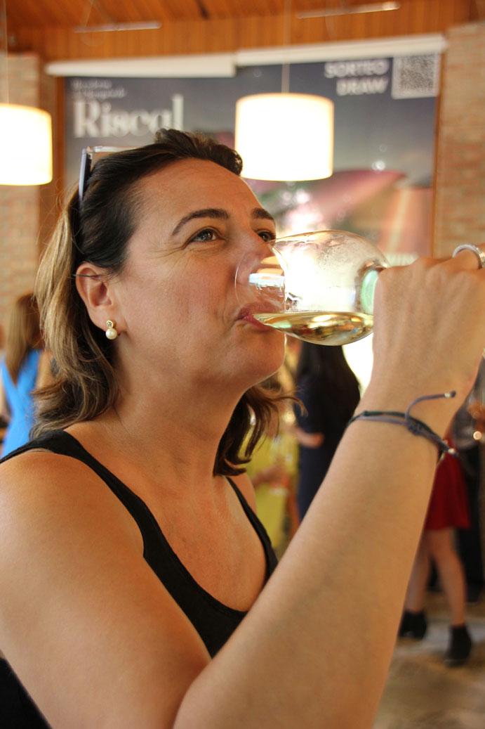 cata-vino-marques-riscal