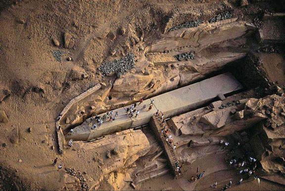 egipto-obelisco-inacabado