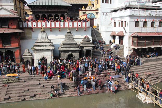 ghats-pashupatinath-katmandu