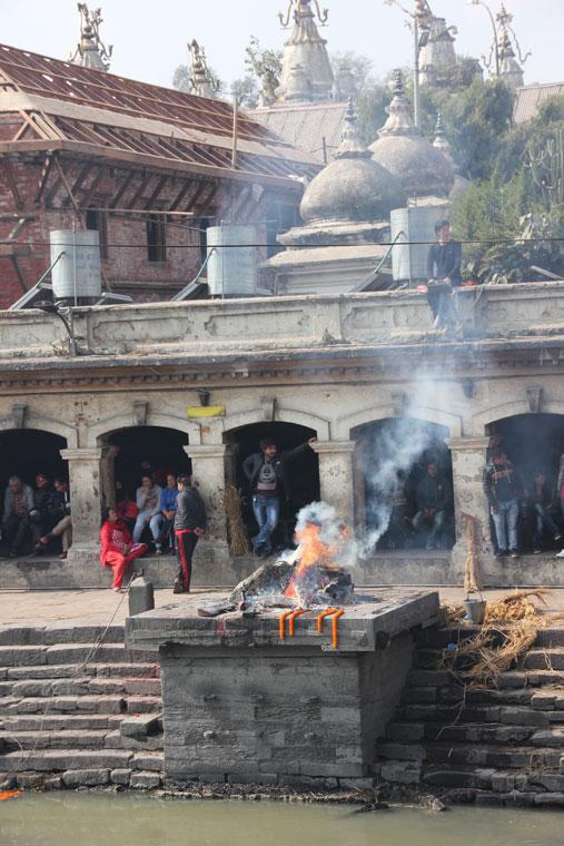que-hacer-katmandu-pashupatinath