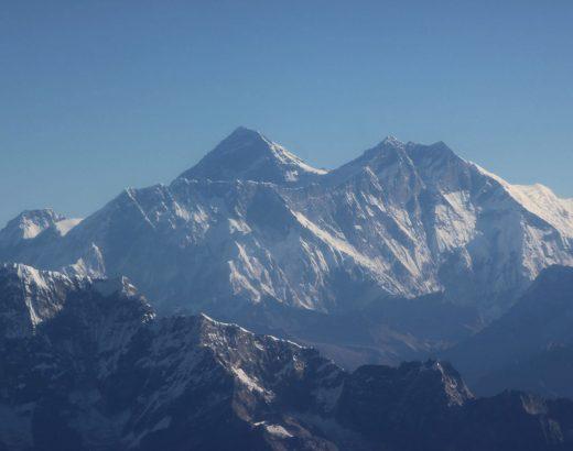 sobrevuelo-en-avioneta-del-Himalaya